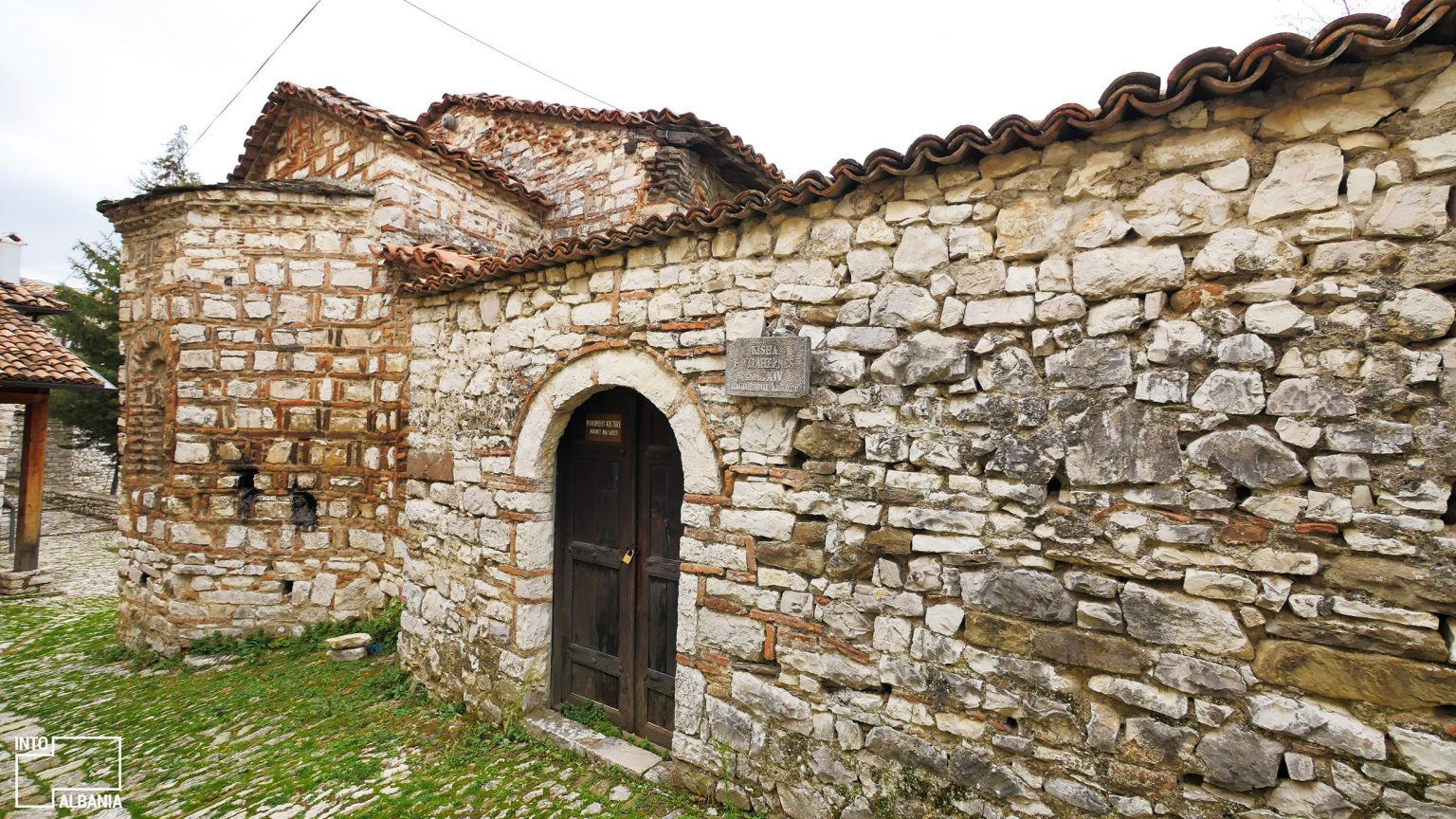 Kalaja e Beratit, foto nga IntoAlbania