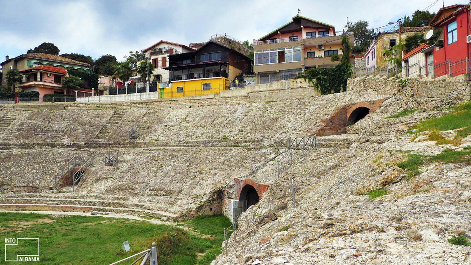 Amfiteatri i Durrësit, foto nga IntoAlbania