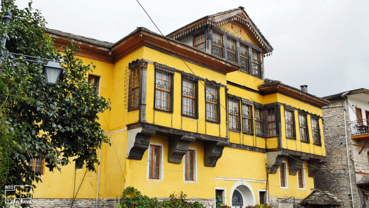 Fico House