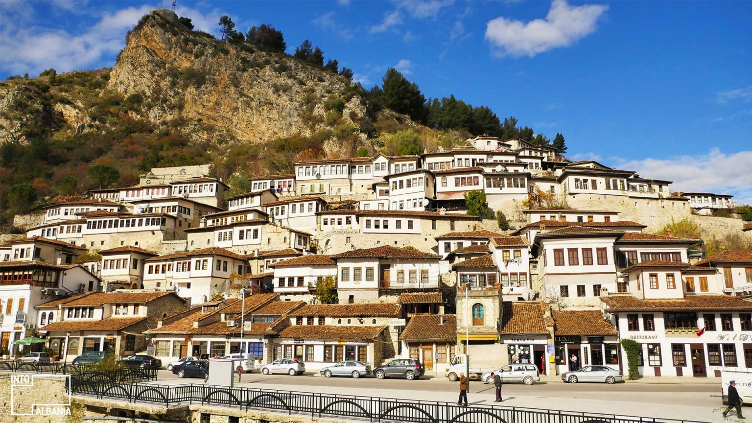 Traditional Houses of Berat, Architecture