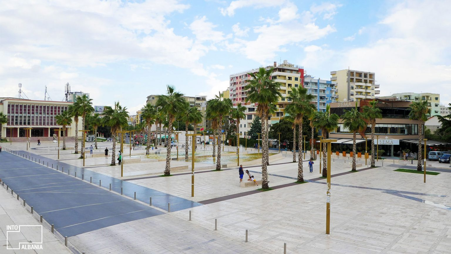 Illyria Square in Durrës, photo by IntoAlbania