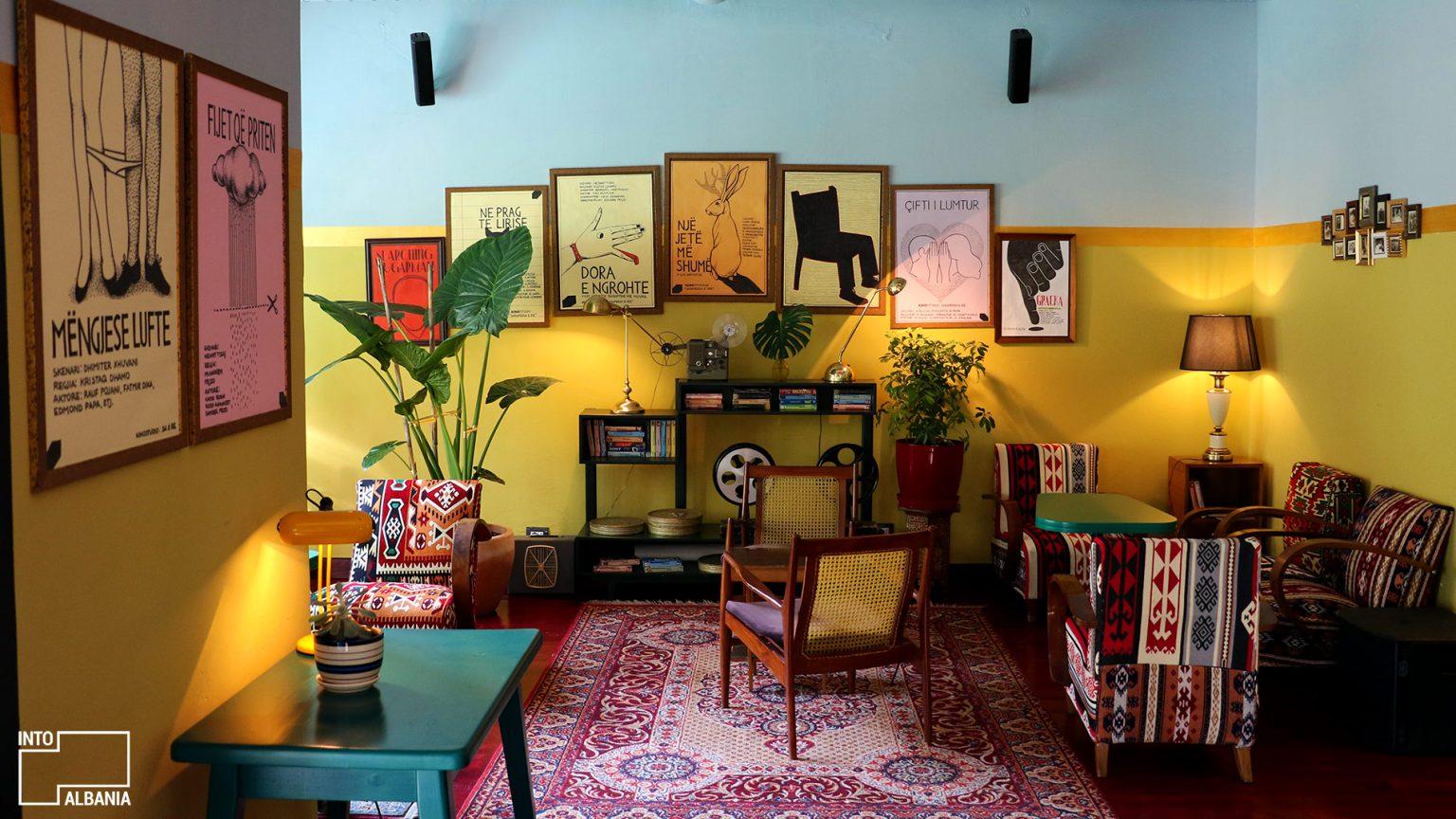 Kino bar style, photo by IntoAlbania.
