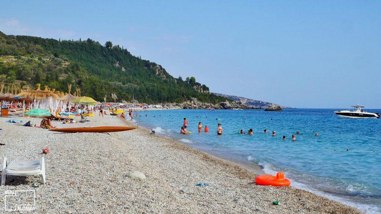 Plazh, Livadh